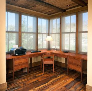 carl desk